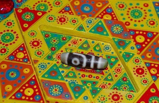 Зарядка бусин дзи: Шри-янтровый артефактор ©